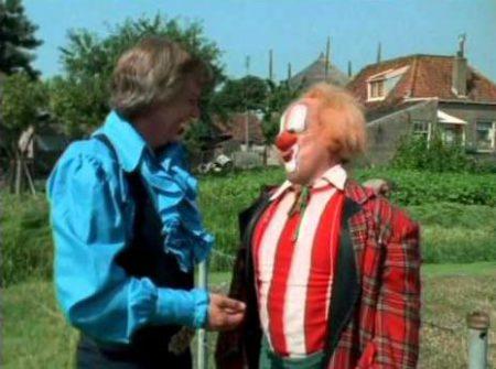Bassie en Adriaan – Kleren maken de clown