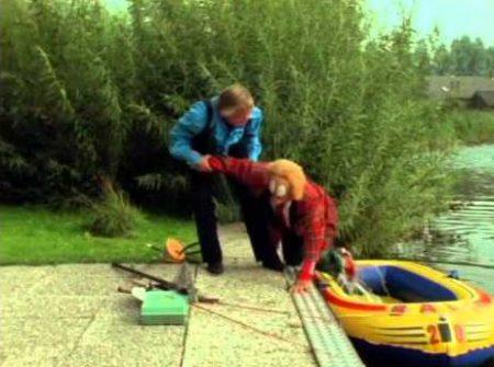 Bassie en Adriaan – Bassie schiet een bok