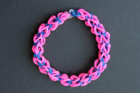 Loom voorbeelden – Twist Square Armband