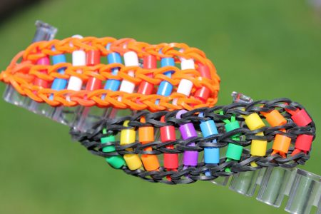 Loom voorbeelden – Ladder armband met strijkkraaltjes