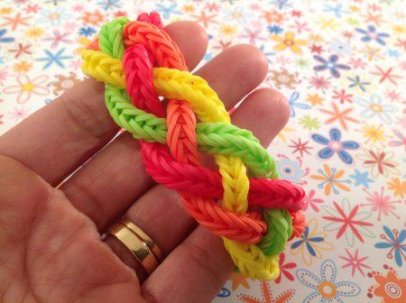 Loom voorbeelden – Lotsa Knots armband