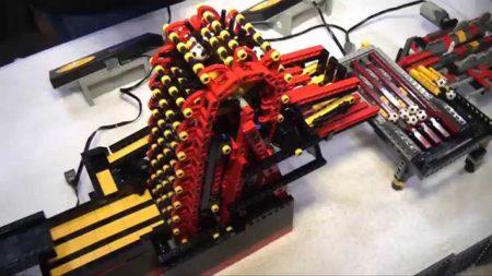 Het Grote LEGO Ballen Circuit