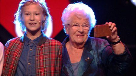 Kinderen voor Kinderen – Mijn oma die vlogt (Live in Concert 2016)