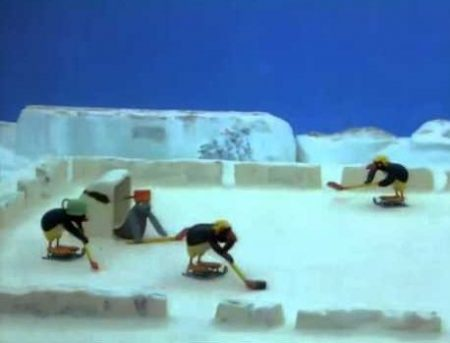Pingu – Pingu Speelt IJshockey
