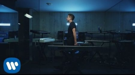 Charlie Puth – Attent!on