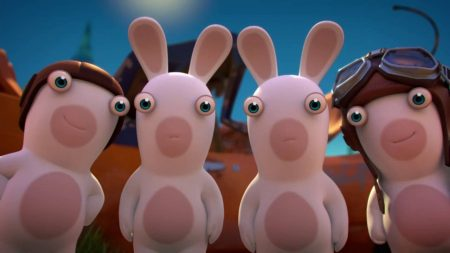 Rabbids Invasion – Mini Rabbid vs. Giant Chicken