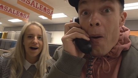 Enzo Knol – Je Raadt Nooit Wie Ik Aan De Telefoon Heb! – Vlog #1628
