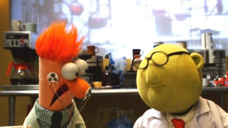 The Muppet Show – Bunsen and Beaker – Flowers On The Wall