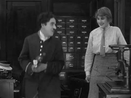Charlie Chaplin – The Bank (1915)