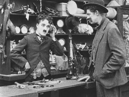 Charlie Chaplin – In The Pawnshop (1916)
