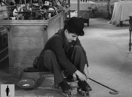 Charlie Chaplin – Rolschaatsen