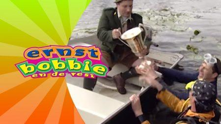 Ernst Bobbie en de Rest – De Roeiwedstrijd