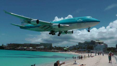 Vliegtuigen – Landing KLM Boeing 747 Op St. Maarten