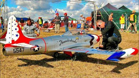 RC Vliegtuigen – T-33 Thunderbirds
