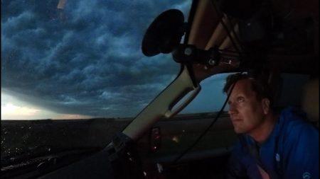 Klaas Kan Alles – Kan Klaas Blijven Staan Bij Een Tornado?