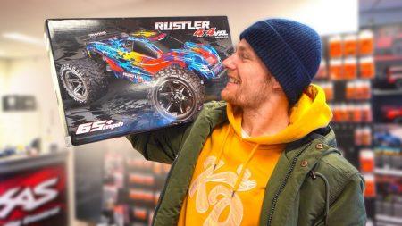 Enzo Knol – Bestuurbare Auto Van 115KM Per Uur!! – Vlog #2012