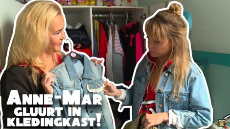 Betreden Op Eigen Risico – Anne-mar Kijkt Stiekem In Kledingkast Fans!