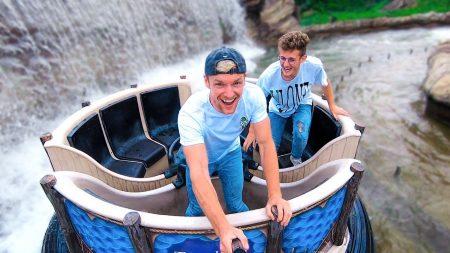 Enzo Knol – Deze Water Attractie Is Leuk!! – Vlog #2113