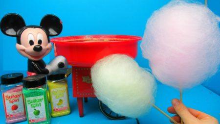 Suikerspin Maken Met Mickey Mouse Machine – Uitpakken en Spelen
