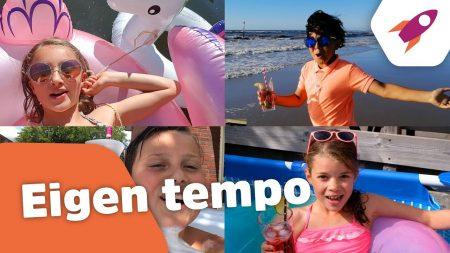 Kinderen voor Kinderen – Eigen tempo (Officiële Songtekstvideo)