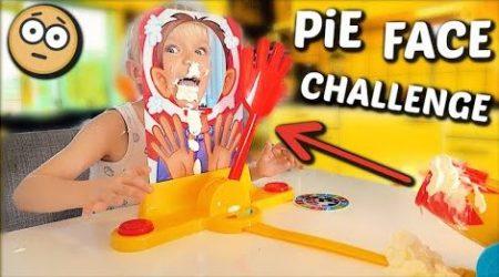 De Bellinga's – Pie Face Cannon Challenge 😱 #1546