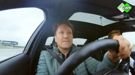 """Klaas Kan Alles – """"Dit Is Kansloos"""" – Kan Klaas Auto Blijven Rijden Tijdens Een Overstroming? – Stap 1"""