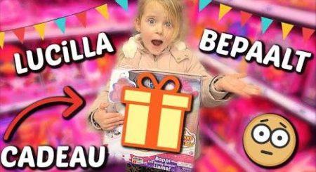 De Bellinga's – Lucilla Koopt Cadeautje Voor Kinderfeestje 🎁 #1609