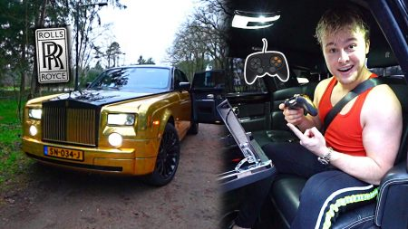 Royalistiq – In Deze Gouden Rolls Royce Kan Je Gamen! 😱