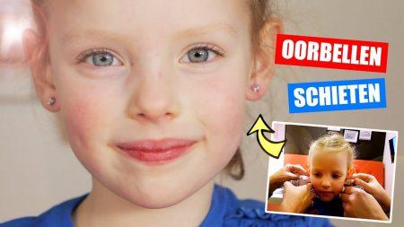 De Zoete Zusjes – Oorbellen Schieten En Oorbellen Uitzoeken!!