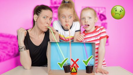 De Zoete Zusjes – Dont Choose The Wrong Mystery Straw Challenge!! [De Mysterieuze Rietjes Challenge]