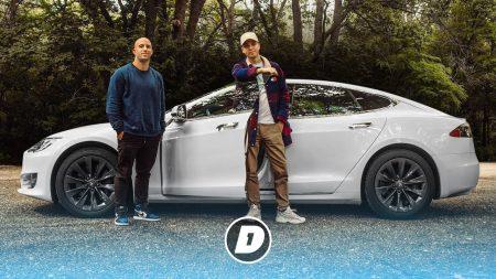"""JayJay Boske DAY1 – Dylan Haegens """"De Tesla Roadster Is Mijn Droomauto"""""""