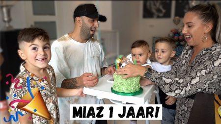 Familie Lakap – De Allereerste Verjaardag Van Miaz Vieren! #461
