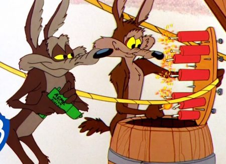 Roadrunner vs Wile E Coyote – Coyote's Great Use Of Dynamite
