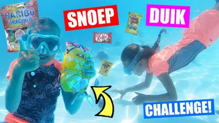 De Zoete Zusjes – Snoep Opduiken Van De Bodem Van Een Zwembad!! [Franse Snoep Duik Challenge]