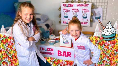 De Zoete Zusjes – We Openen Een Frozen Yoghurt Bar In Onze Kamer!! [IJssalon Met IJs En Toppings]