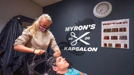 Enzo Knol – Myron Opent Haar Eigen Kapsalon! ✂️? #2646