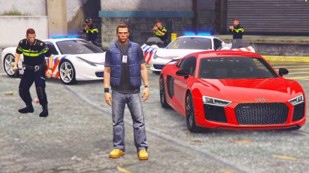 Royalistiq – Nederlandse Politie Ferrari vs Mijn Audi R8! – GTA 5 Politie En Boefje
