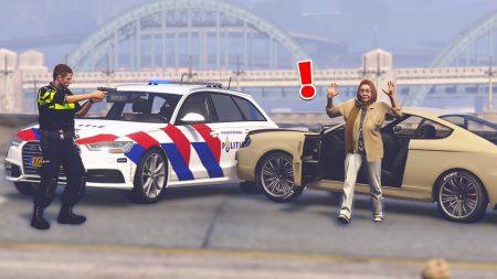 Royalistiq – Verwarde Om Aangehouden Op De Snelweg! – Nederlandse Politie #81