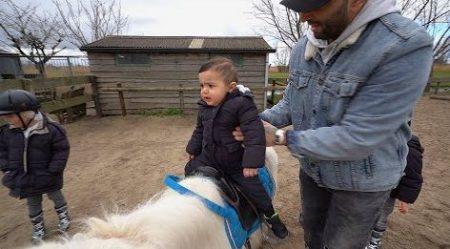 Familie Lakap – Miaz Krijgt Zijn Eerste Ponyles 😳🐴 #540