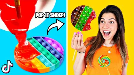 Celine & Michiel – Wij Testen Viral TikTok Fidget Toys Life Hacks! (Pop-it Snoep Lolipop) #317